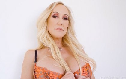 Brandi Love - Big Tits MILF Brandi Gets Taken To The Limit #POV | artporn 365 days video in hd 720p