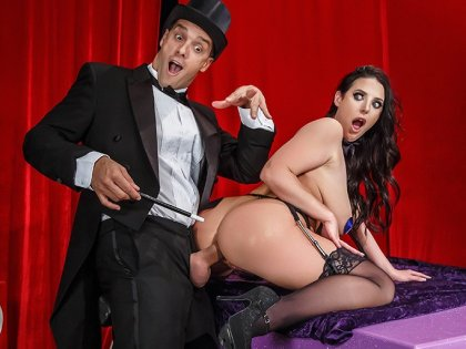 Angela White - Magic Trick With An Assistant | artporn 365 days video in hd 720p