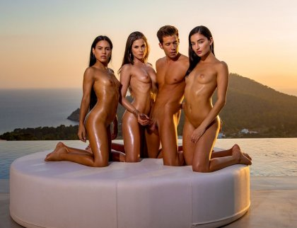 Emily Willis, Little Caprice, Apolonia Lapiedra - In Concert | artporn 365 days video in hd 720p