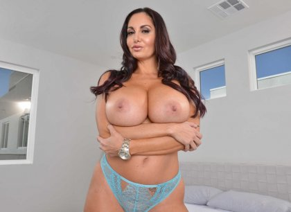 Ava Addams - Fuck with Dark-Haired Busty Milf | artporn 365 days video in hd 720p