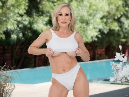 Brandi Love - Are You Ready To Sexy Massage? | artporn 365 days video in hd 720p