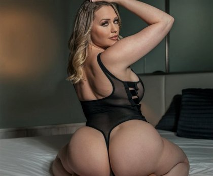 Mia Malkova - At Your Service | mp4 porn video on mobile phone